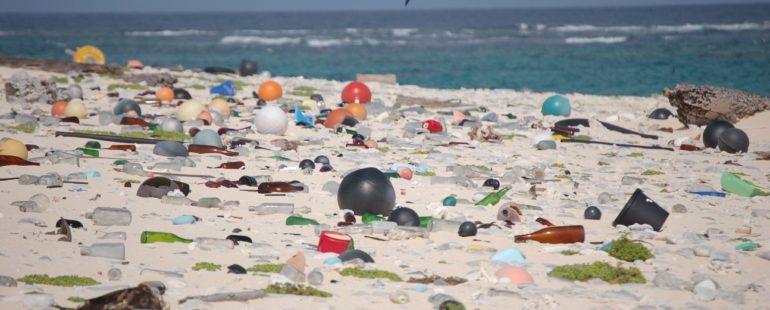 Ze systému na čištění oceánů vypadávaly odpadky